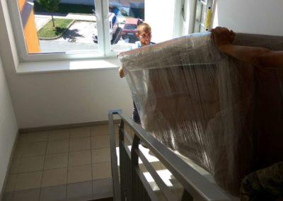 Stěhování pohovky