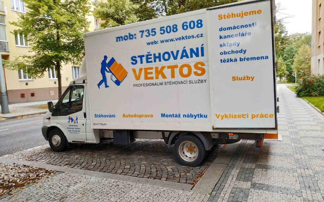 Nastěhování nových skříní na vysokoškolskou kolej Praha 6