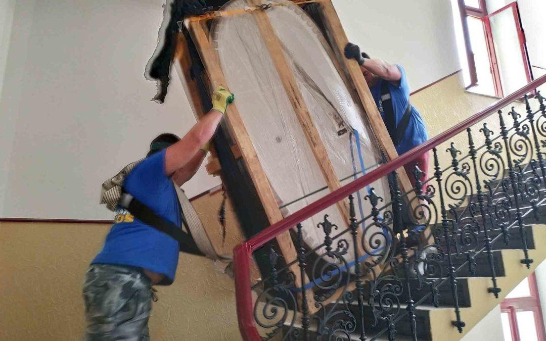 Stěhování litinové vany