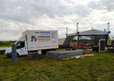 Autodoprava a výpomoc vrámci festivalu